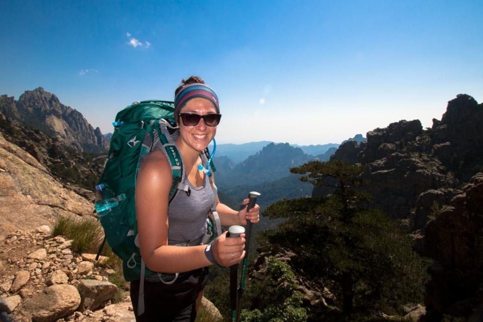 Femme randonnée Corse