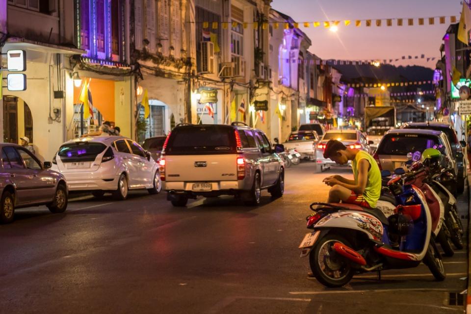 Phuket le soir